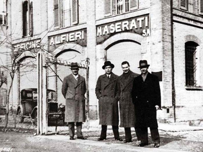 Maserati hermanos.jpg