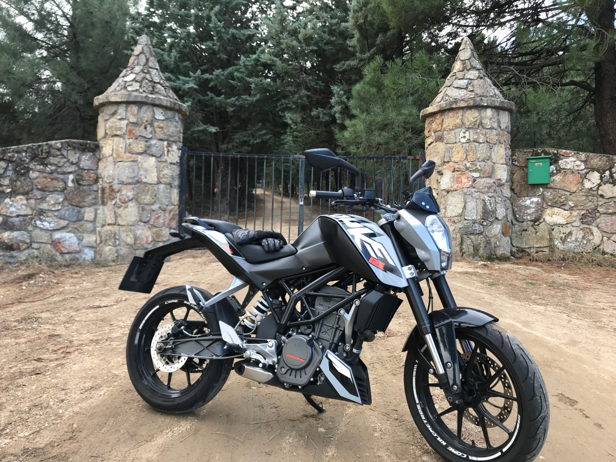 KTM Duke 125, review tras 33000km